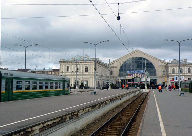Балтийский вокзал перон